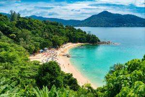 phuket min 300x200 - Conoce los cinco destinos para luna de miel más populares en el mundo